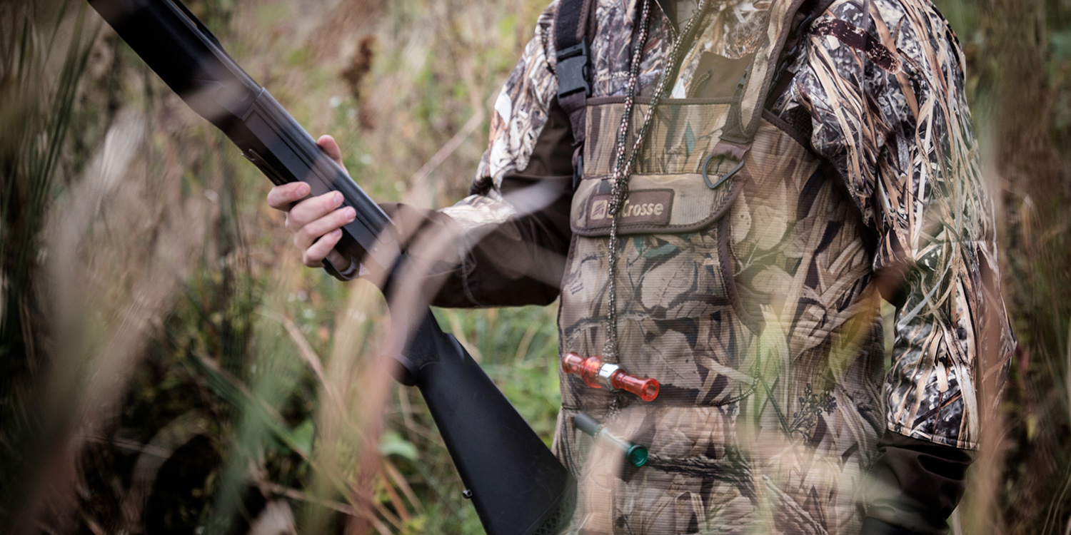 DNA_GUIDE_SERVICE_WESTERN_MINNESOTA_DUCK_HUNTING_HUNTER_AND_DUCK_CALLS